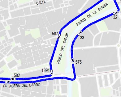 line 33 turns from Acera del Darro to Basilios